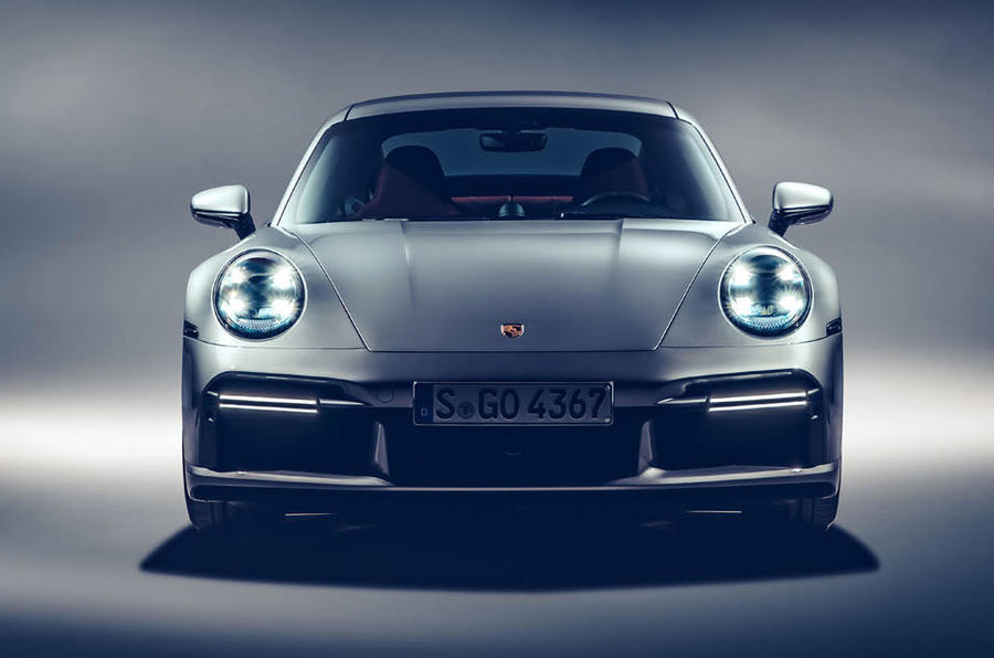 Porsche 911 Turbo S 2020 - stationary front