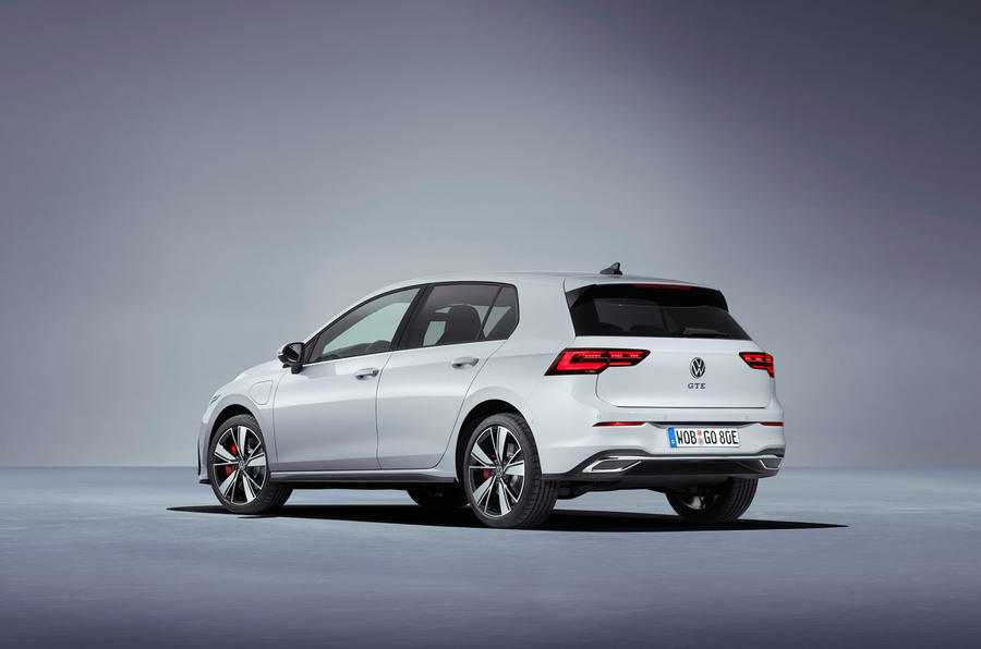Volkswagen Golf GTE 2020 - stationary rear
