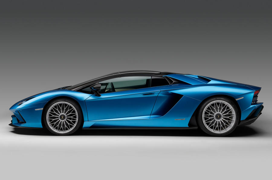 Lamborghini Aventador S Roadster launched as 217mph drop-top