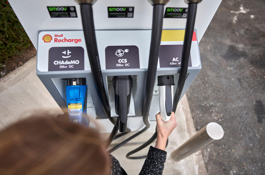 Shell begins rapid EV charging rollout at 10 United Kingdom  forecourts
