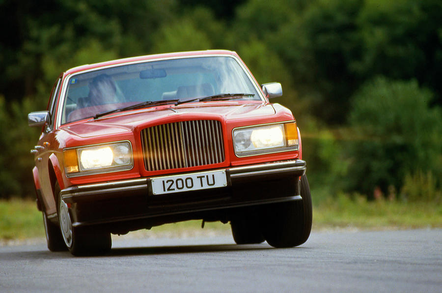 Bentley Turbo R - tracking front