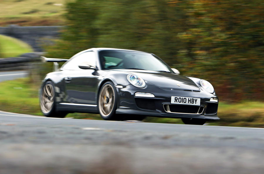 Porsche 911 GT3 RS 997 Gen 2 - tracking side