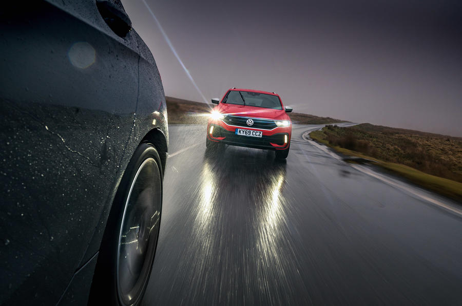 VW T-Roc R - tracking front
