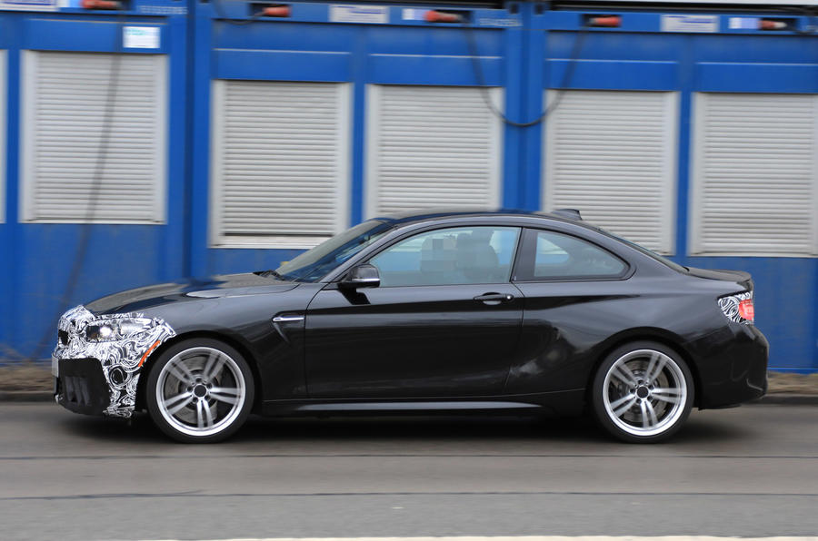 Facelifted BMW M2 side profile