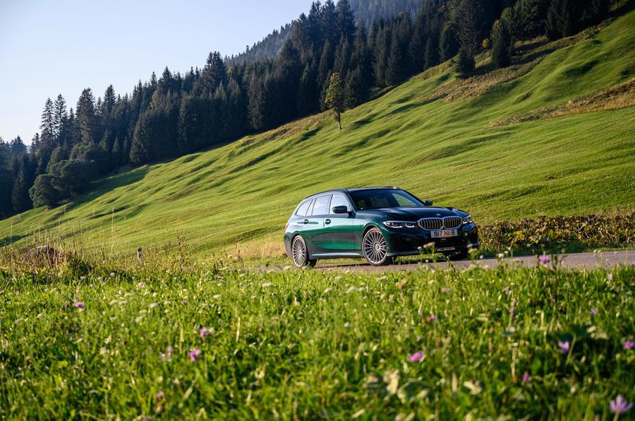 Alpina B3 Touring - side