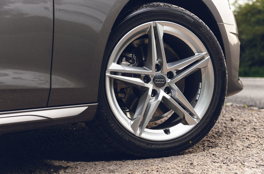 Audi A4 35 TFSI 2019 UK first drive review - alloy wheels