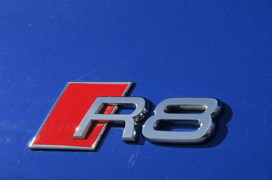 Audi R8 RWS 2018 UK review badge