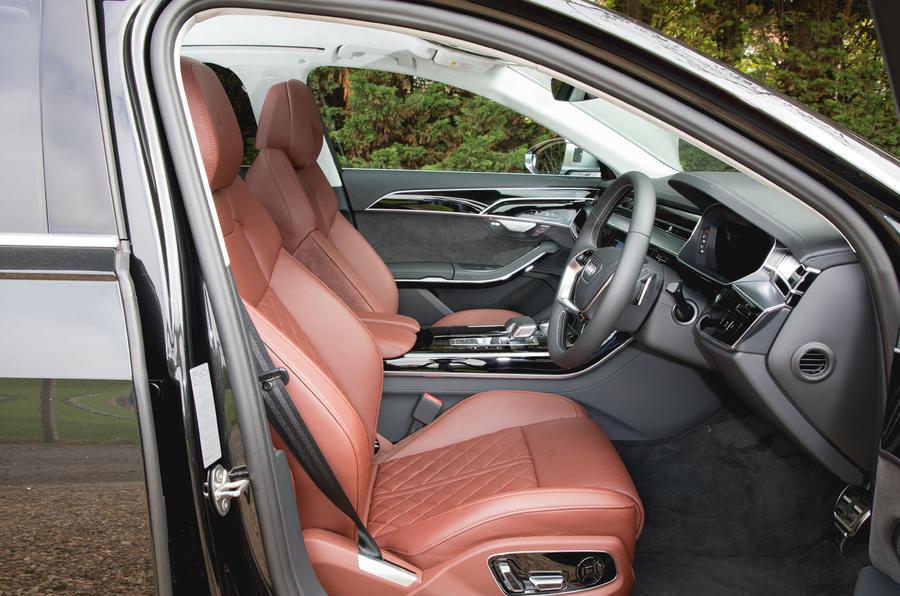Audi S8 2020 : premier bilan de conduite au Royaume-Uni - cabine