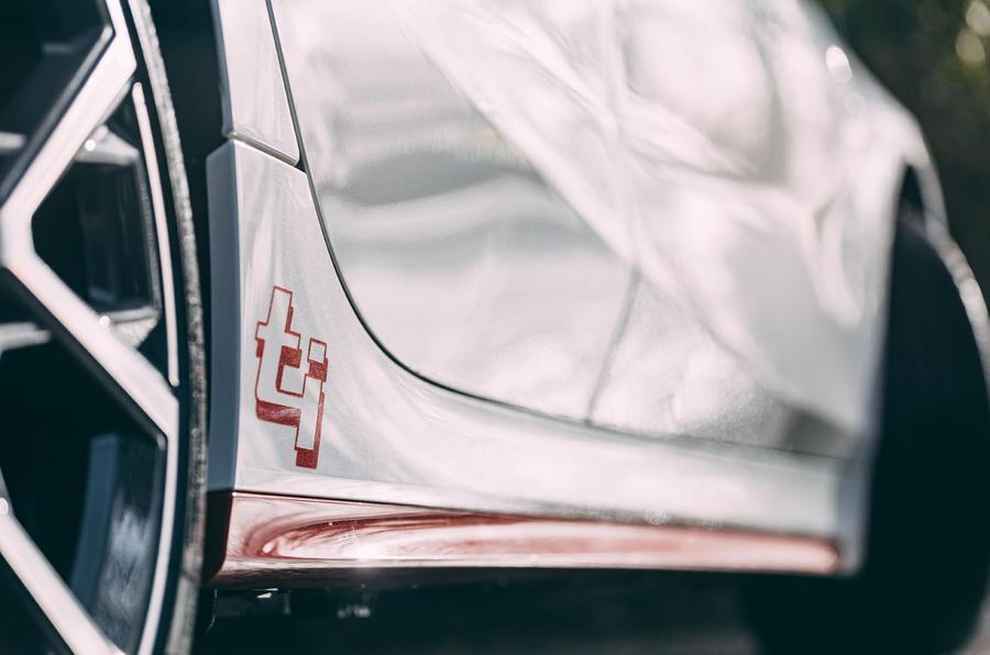5 BMW 1 Série 128ti 2021 : premiers autocollants latéraux de l'examen de conduite au Royaume-Uni