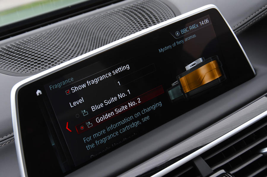 BMW 7 Series 740Ld long-term review infotainment