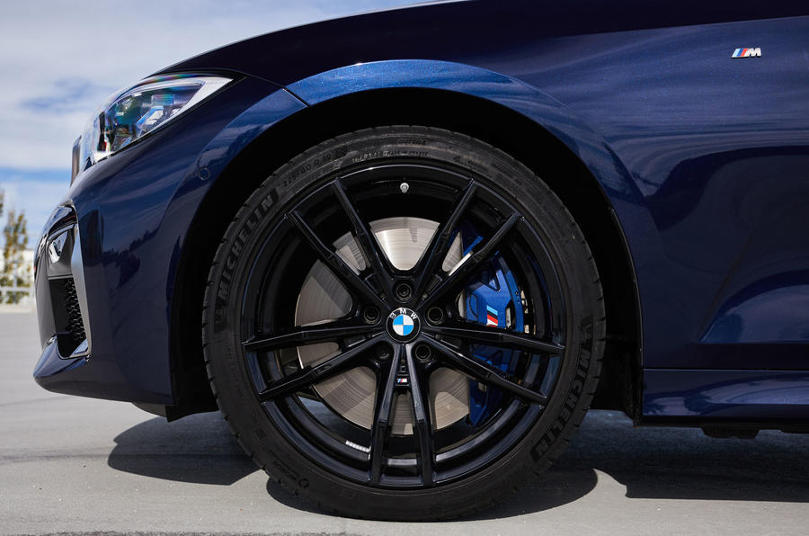 BMW M340i xDrive 2019 first drive review - alloy wheels