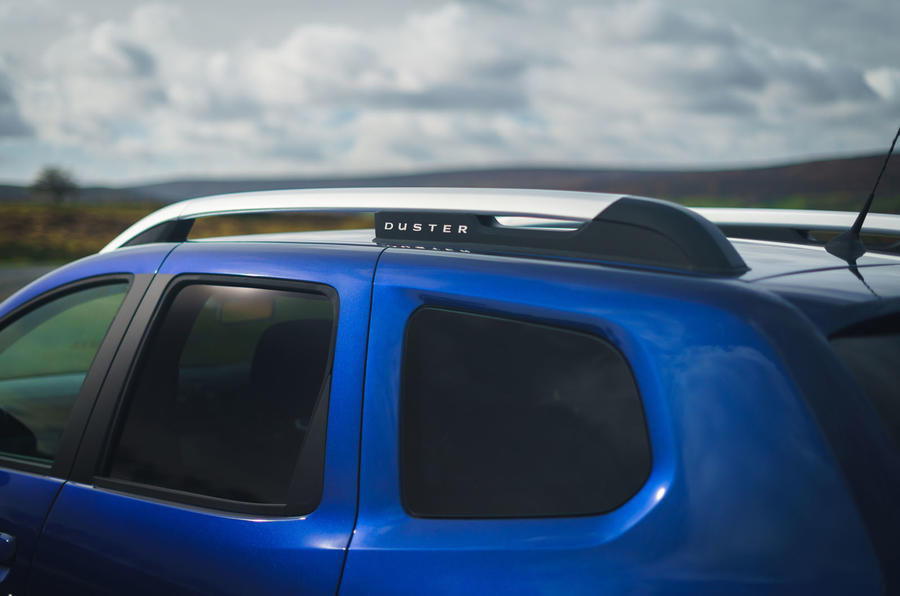 Dacia Duster Bi-Fuel 2020 UK first drive review - roof bars