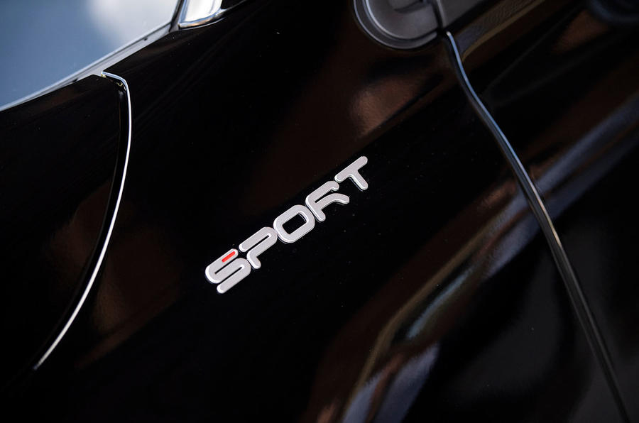 Fiat 500x Sport 2019 first drive review - sport badge