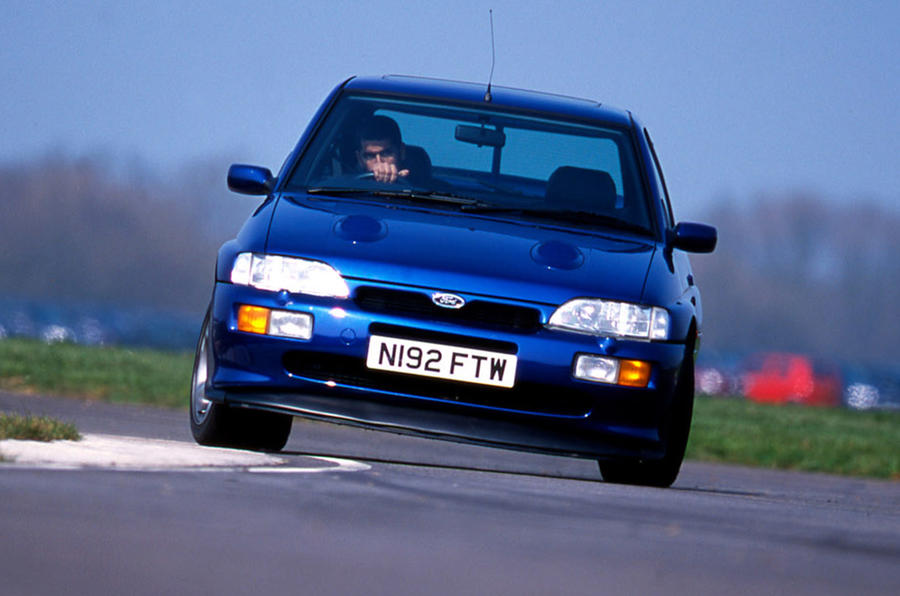 Ford Escort RS Cosworth - hero front