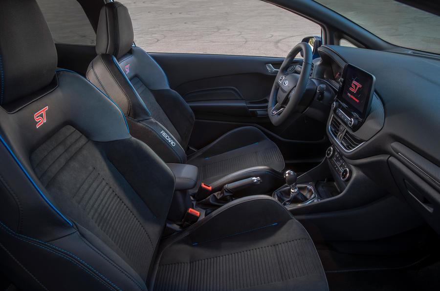 Ford Fiesta ST Edition 2020 : premier bilan de conduite au Royaume-Uni - cabine