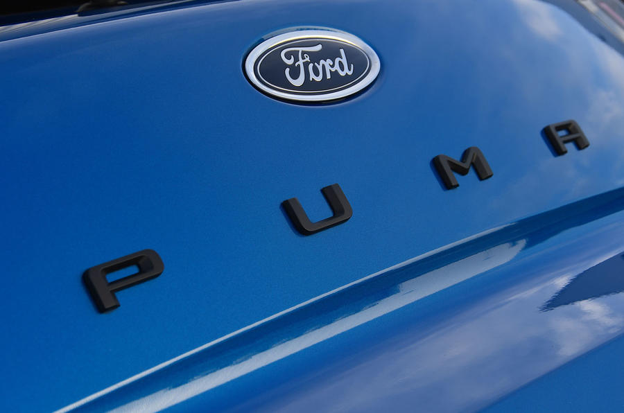 Ford Puma ST Line X 2020 UK first drive review - rear badge