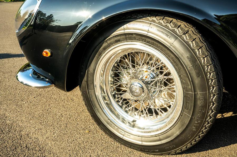 5 GTO California Spyder revival 2021 UE FD roues en alliage