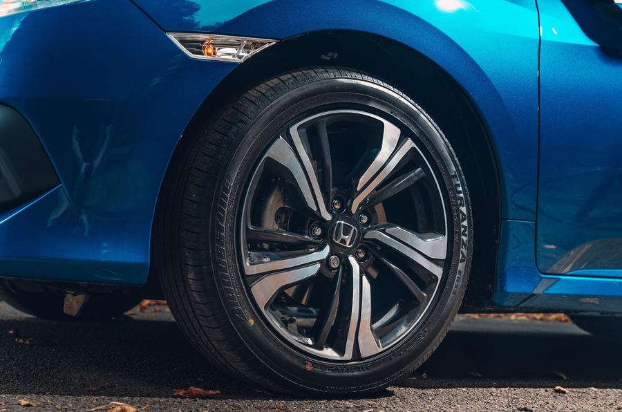 Honda Civic saloon 2018 UK first drive review alloy wheels
