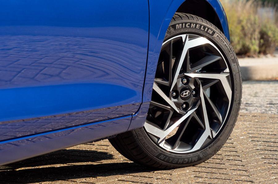 Hyundai i20 2020 UK first drive review - alloy wheels