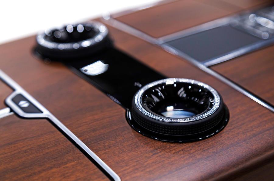Jaguar SVO 2019 - diamond-encrusted dials