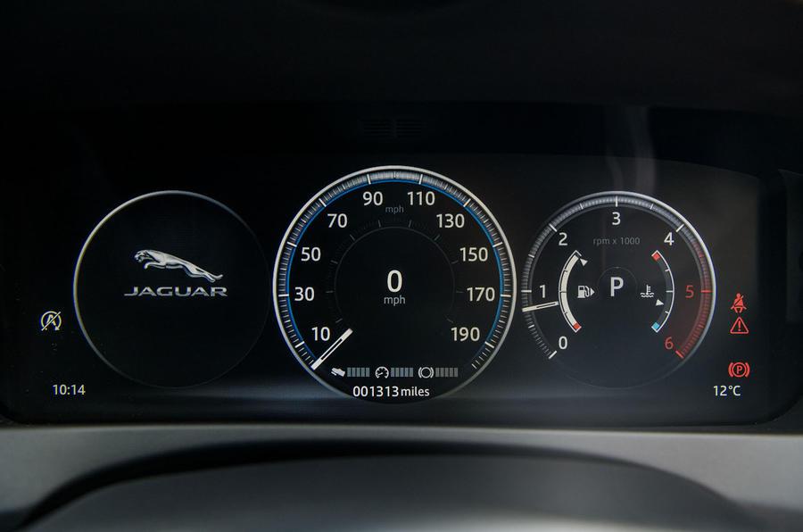Jaguar XE 20t 2018 UK first drive review - instrument cluster