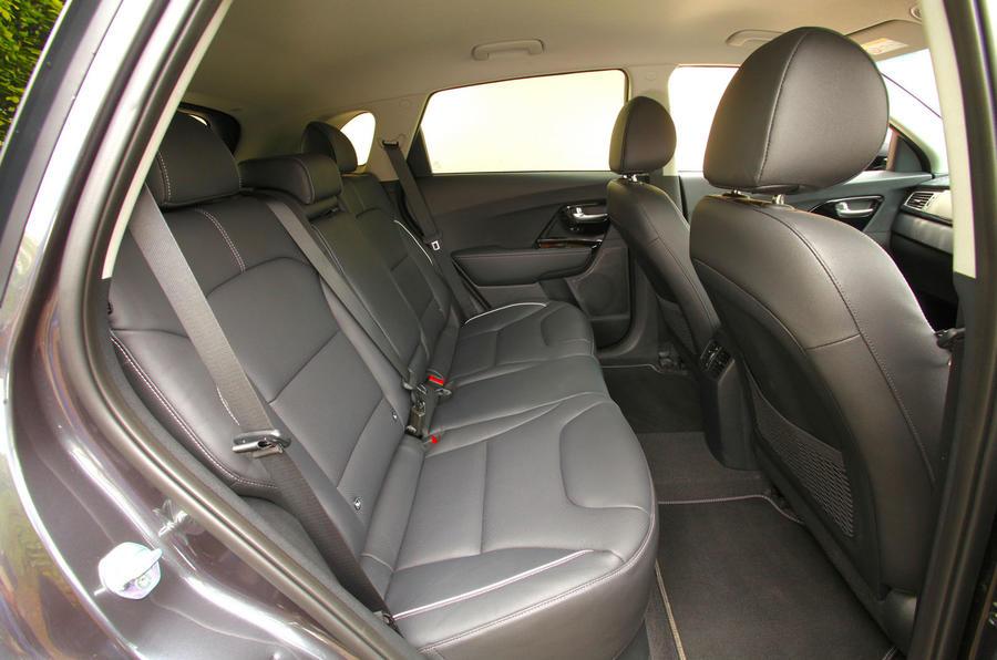 Kia e-Niro 2020 Uk first drive review - rear seats