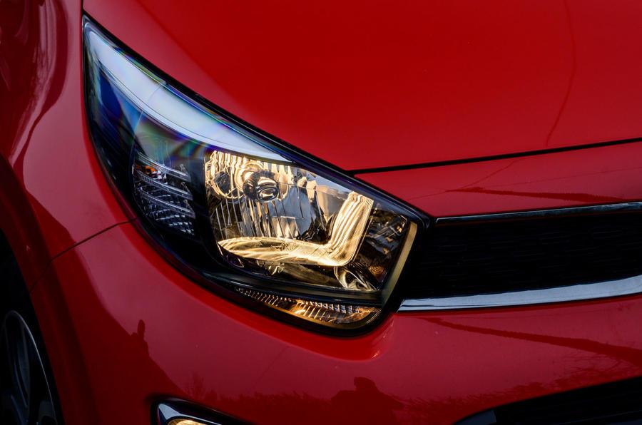 5 Kia Picanto 2021 : les premiers phares de la revue de conduite