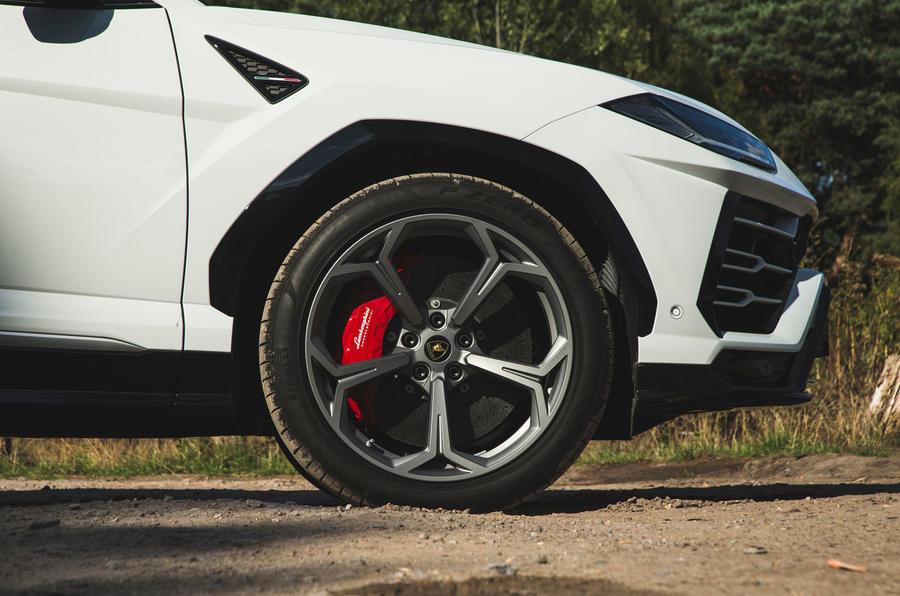 Lamborghini Urus 2018 UK review