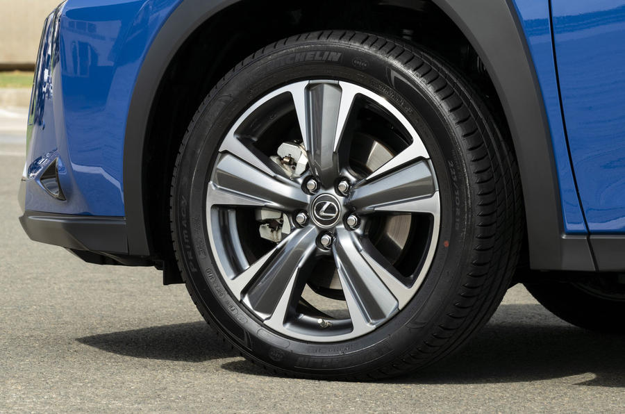 Lexus UX300e 2020 UK first drive review - alloy wheels