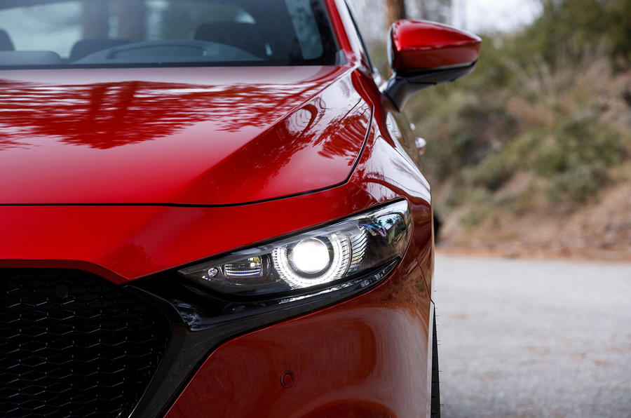 Mazda 3 2.0 Skyactiv-G 2019 first drive review - headlights