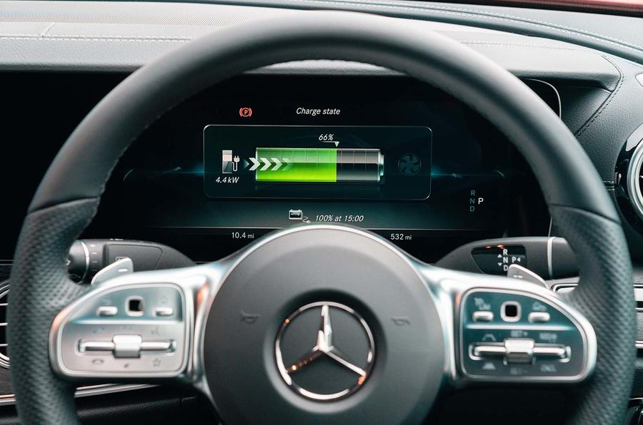Mercedes-Benz E300e 2019 UK first drive review - steering wheel
