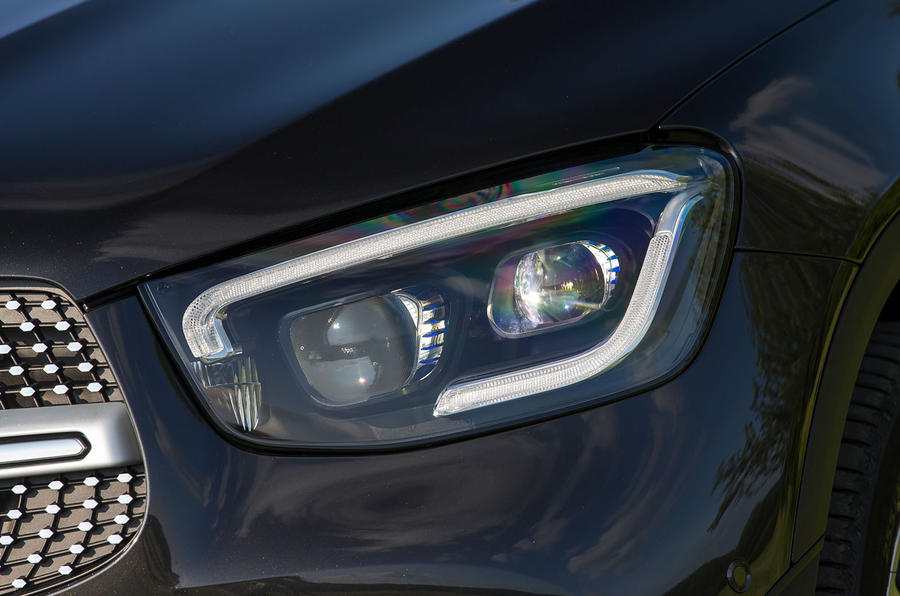 Mercedes-Benz GLC 300d 2019 first drive review - headlights