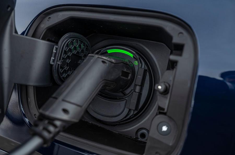 Mercedes-Benz GLE 350de 2020 first drive review - charging port