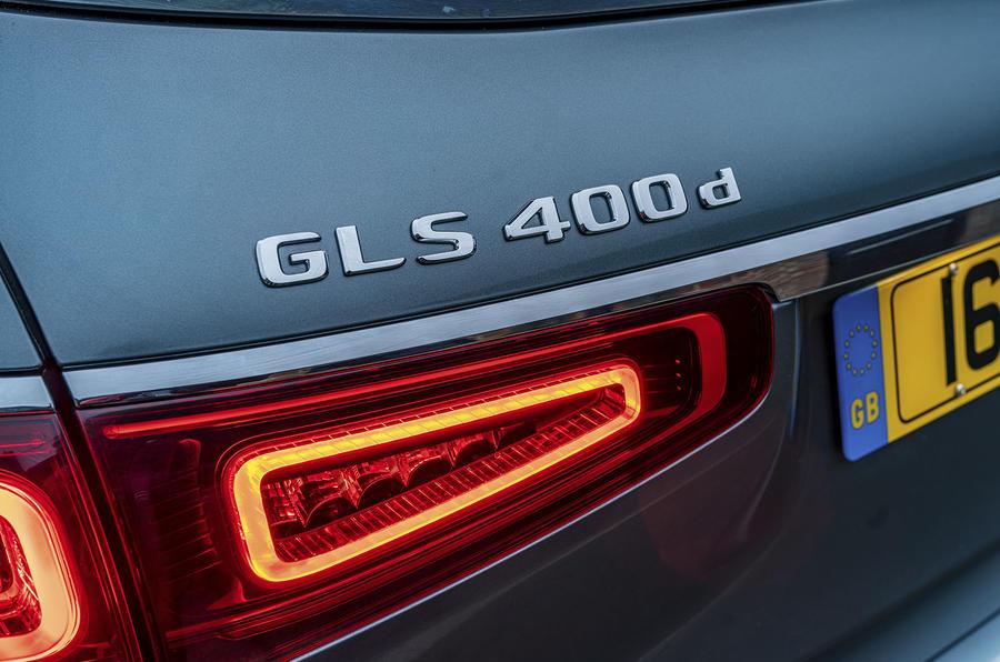 Mercedes-Benz GLS 400d 2019 UK first drive review - rear badge