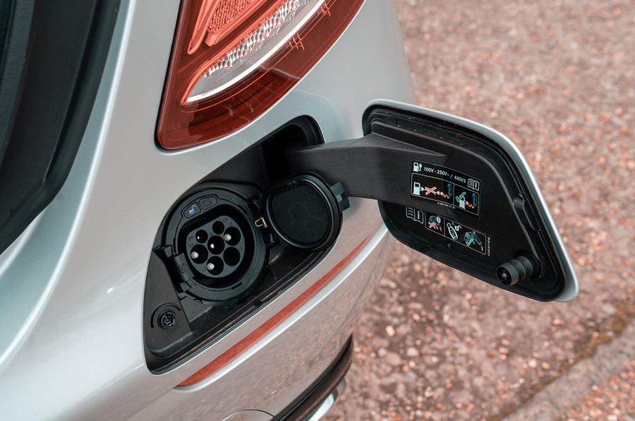 Mercedes-Benz E-Class E300de 2019 UK first drive review - charging port