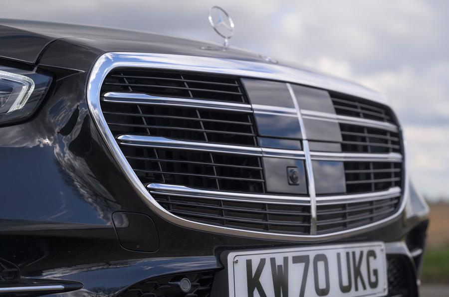 5 Mercedes Classe S S400d 2021 UE FD nez