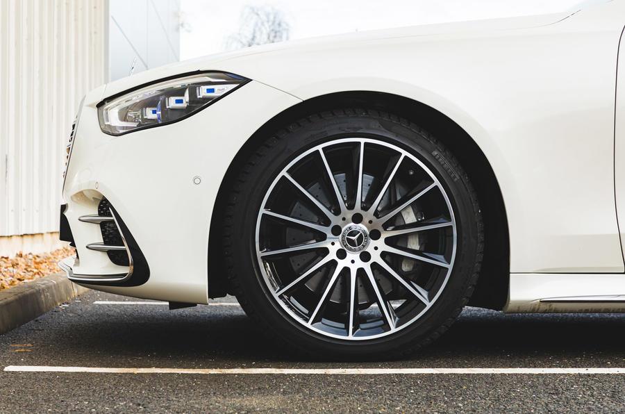 Mercedes S-Class S500 2020 (LHD) : premier bilan de conduite au Royaume-Uni - roues en alliage