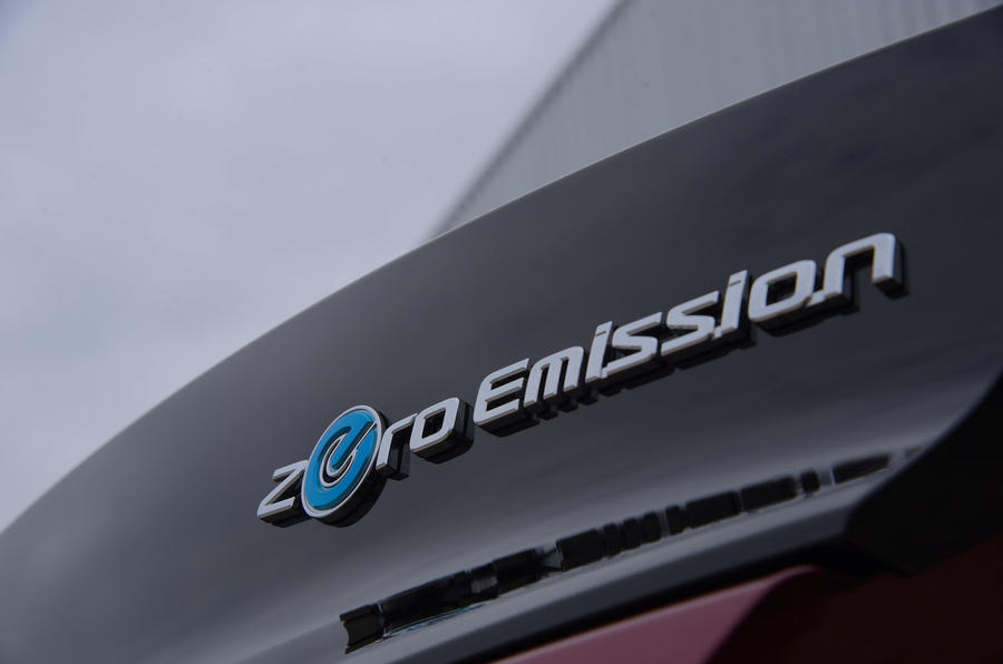 Nissan Leaf 62kWh 2019 UK first drive review - rear badge