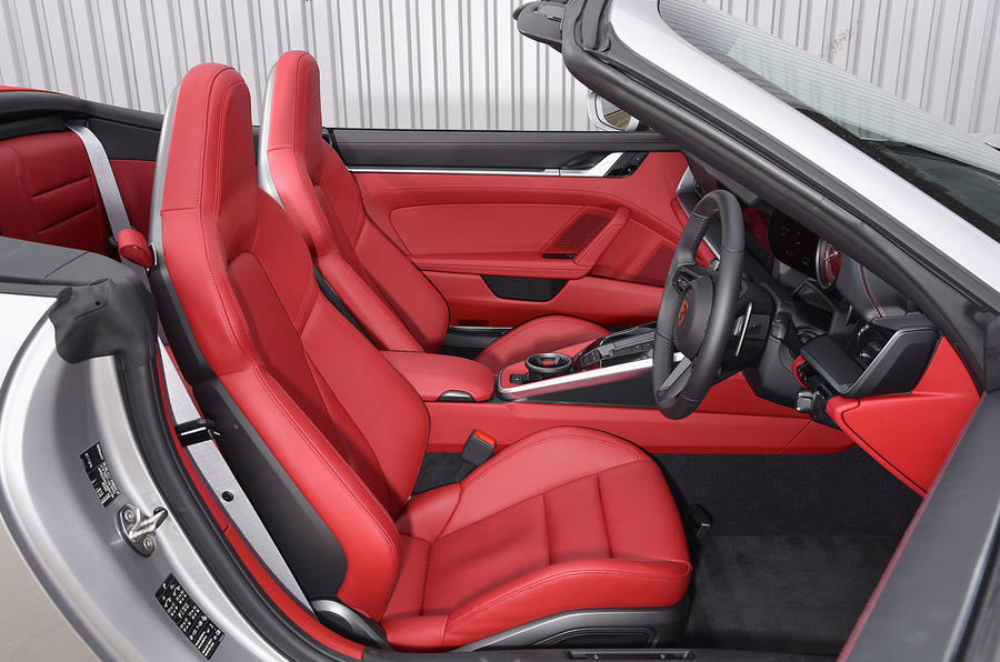 Porsche 911 Carrera 4S Cabriolet 2019 UK first drive review - cabin