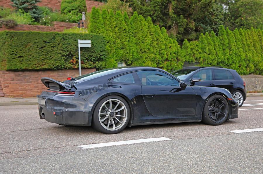2020 Porsche 911 GT3 speckled contrast side