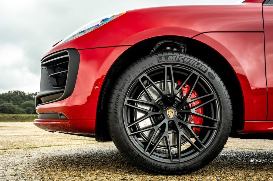 5 Jantes en alliage du premier essai de la Porsche Macan GTS 2021 UE LHD