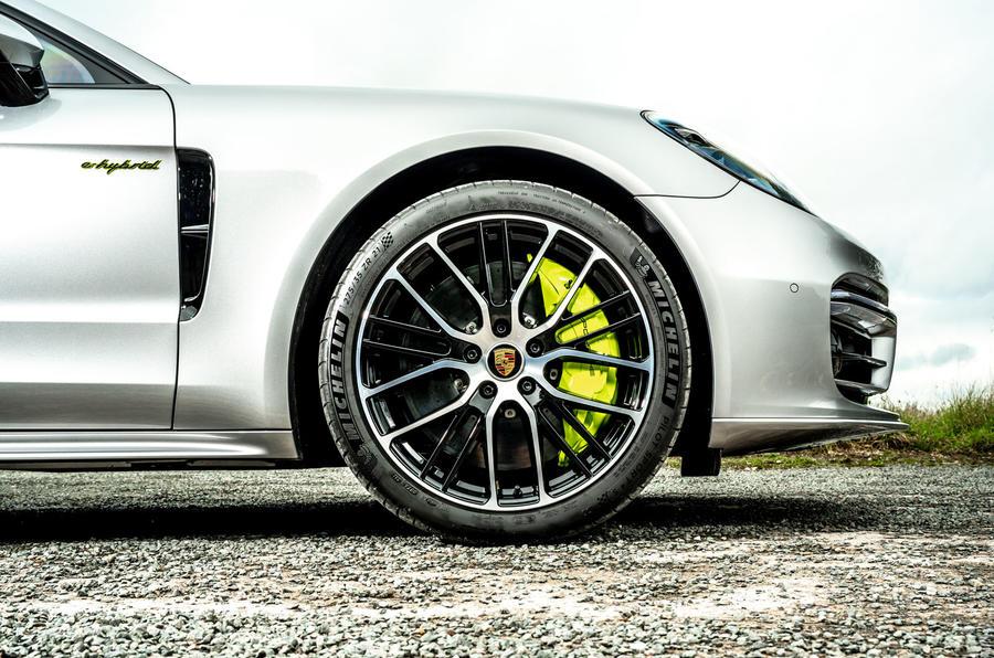 Porsche Panamera e-Hybrid 2020 UK first drive review - alloy wheels