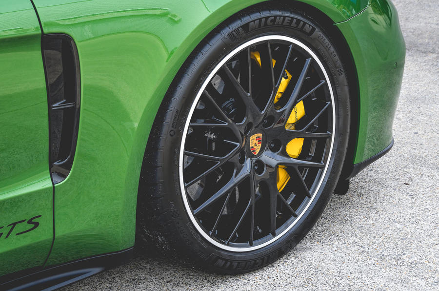 Porsche Panamera GTS 2019 UK first drive review - alloy wheels