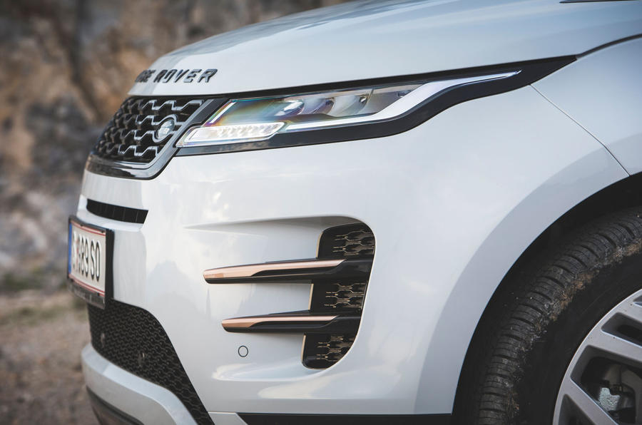 Range Rover Evoque 2019 first drive review - front end