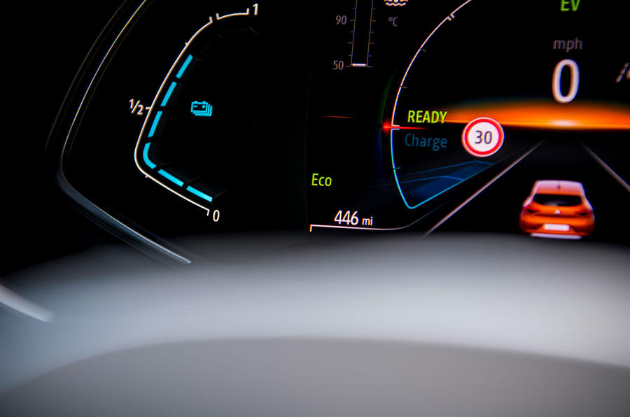 Renault Clio E-Tech hybrid 2020 UK first drive review - instruments