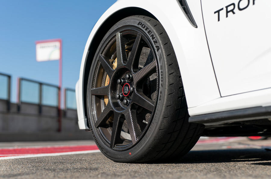 Renault Megane Trophy R 2019 first drive review - carbon wheels