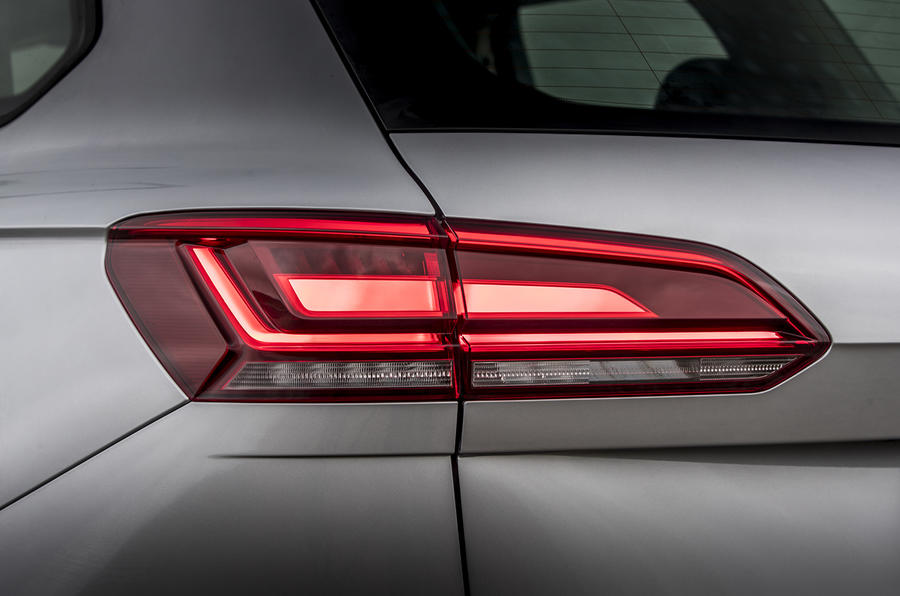 Volkswagen Touareg 2020 UK first drive review - rear lights