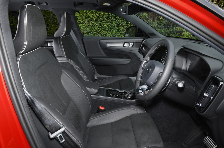 Volvo XC40 2018 long-term review - cabin