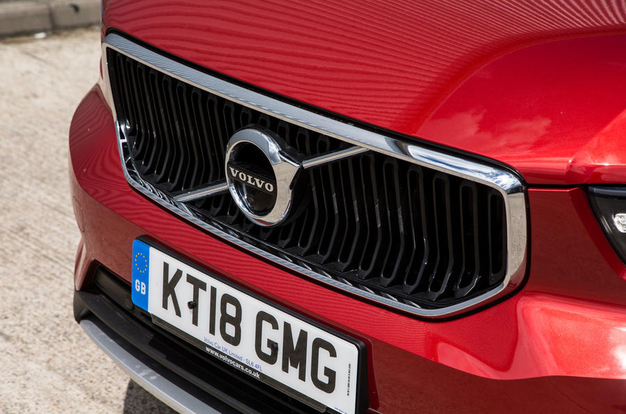Volvo XC40 T3 2018 first drive review front bumper