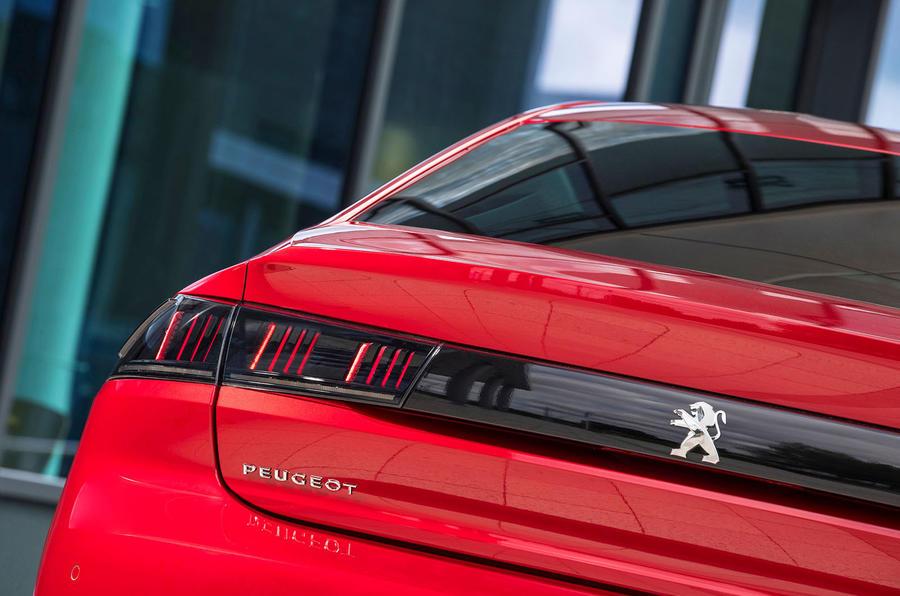 Peugeot 508 rear light detail